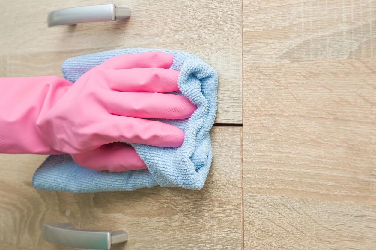 Conheça a maneira certa de limpar e preservar os móveis